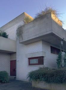 Das Haus des Architekten ist das einzige der Siedlung, welches sich bis heute in der Originalfassung präsentiert. Fotos: Bettina Leuchtenberg